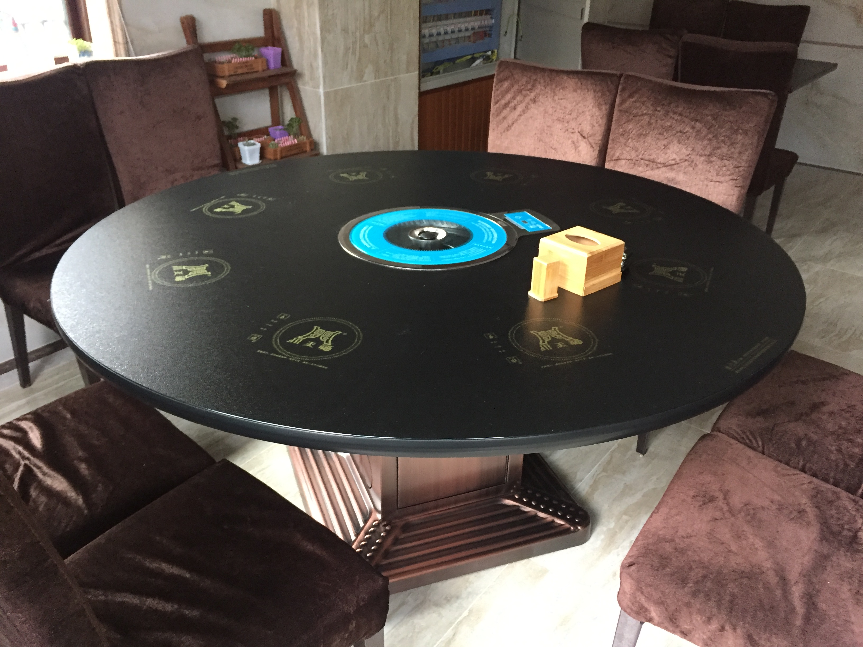 Z81防滑玻璃类似雷竞技这种靠谱的桌1.JPG